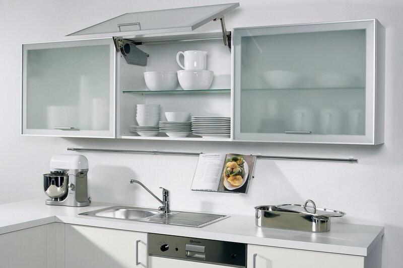 Lemari Kaca Dapur