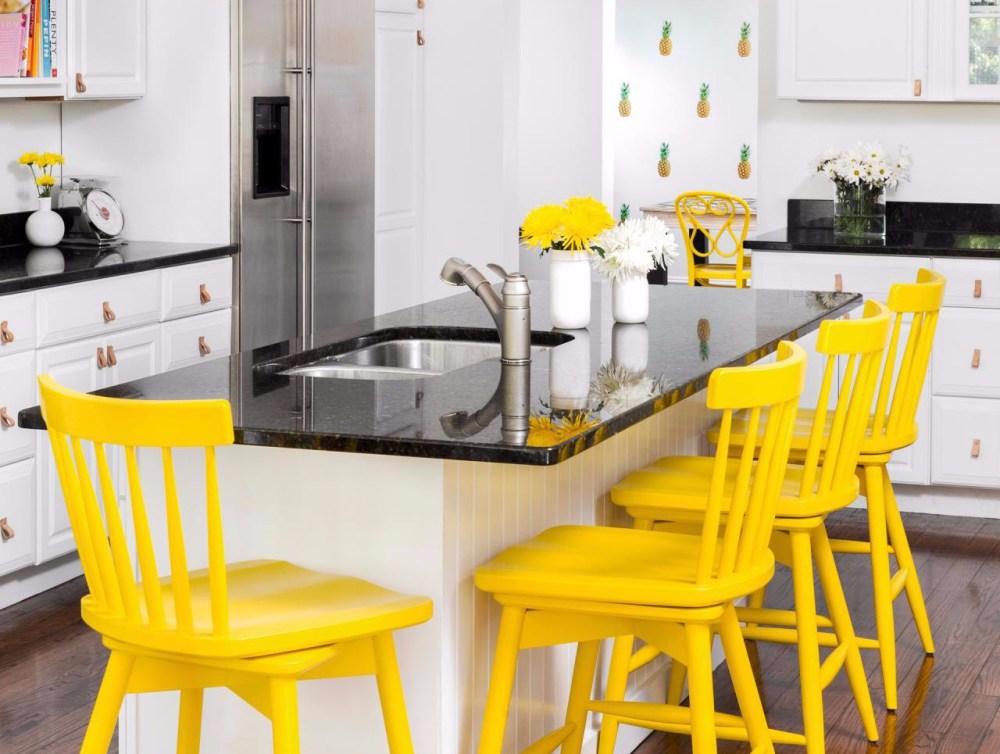 Meja bar minimalis yang nyentrik