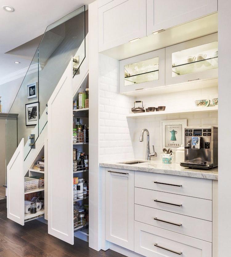 7 Model Dapur Di Bawah Tangga, Solusi Rumah Mungil