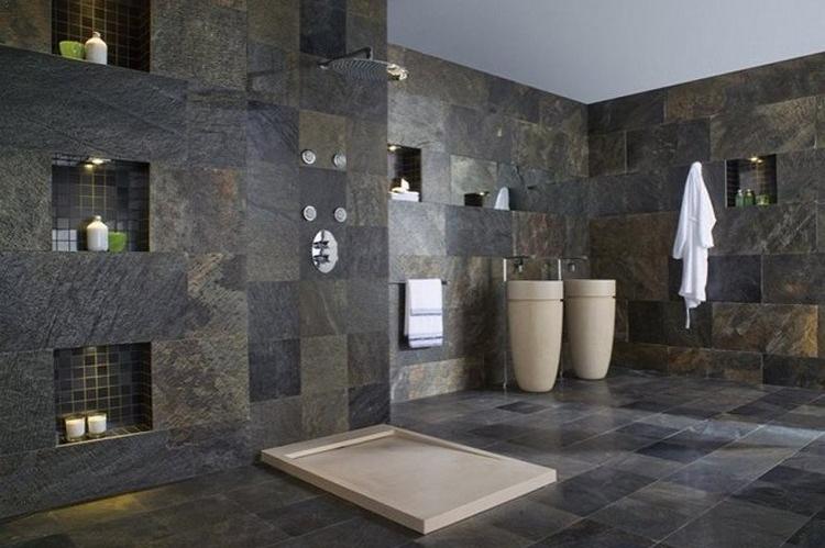 Dinding batu alam menggunakan sabak
