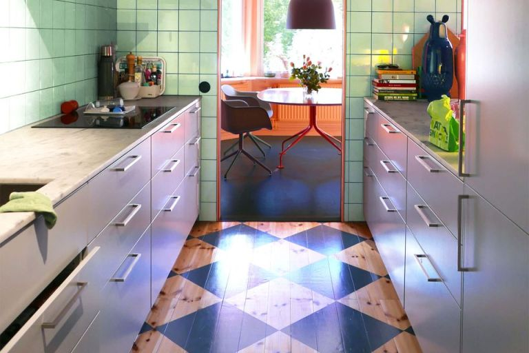 Green Mint is Eclectic as Kitchen Ceramic Color