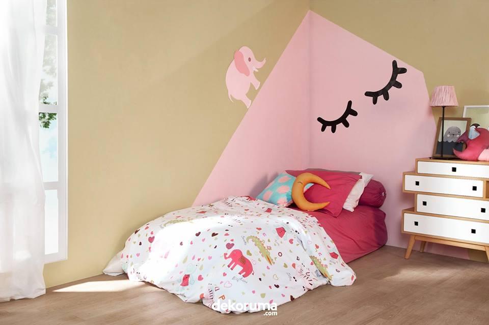 wall stricker dekorasi kamar anak