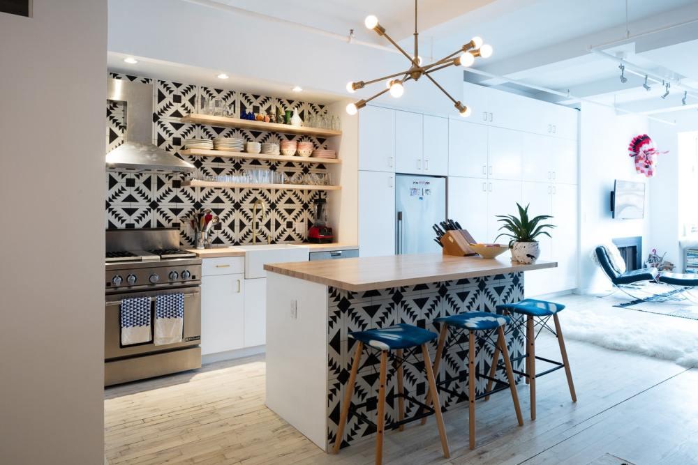 Hitam Putih Warna Keramik Dapur