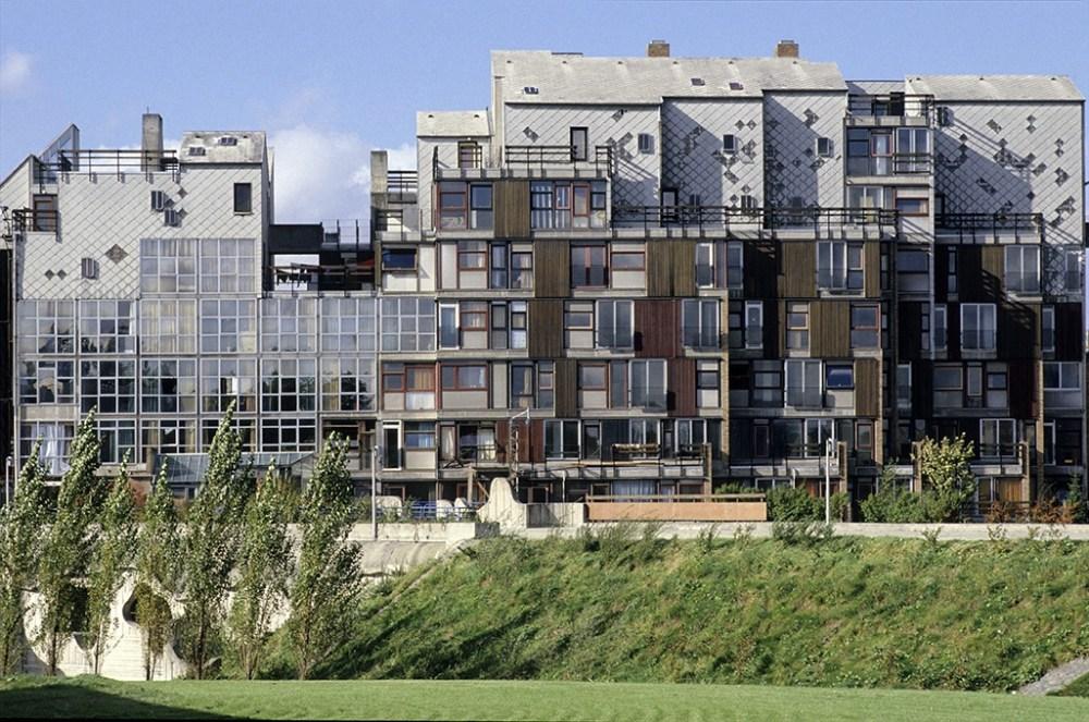Arsitektur Post Modern Lucien Kroll