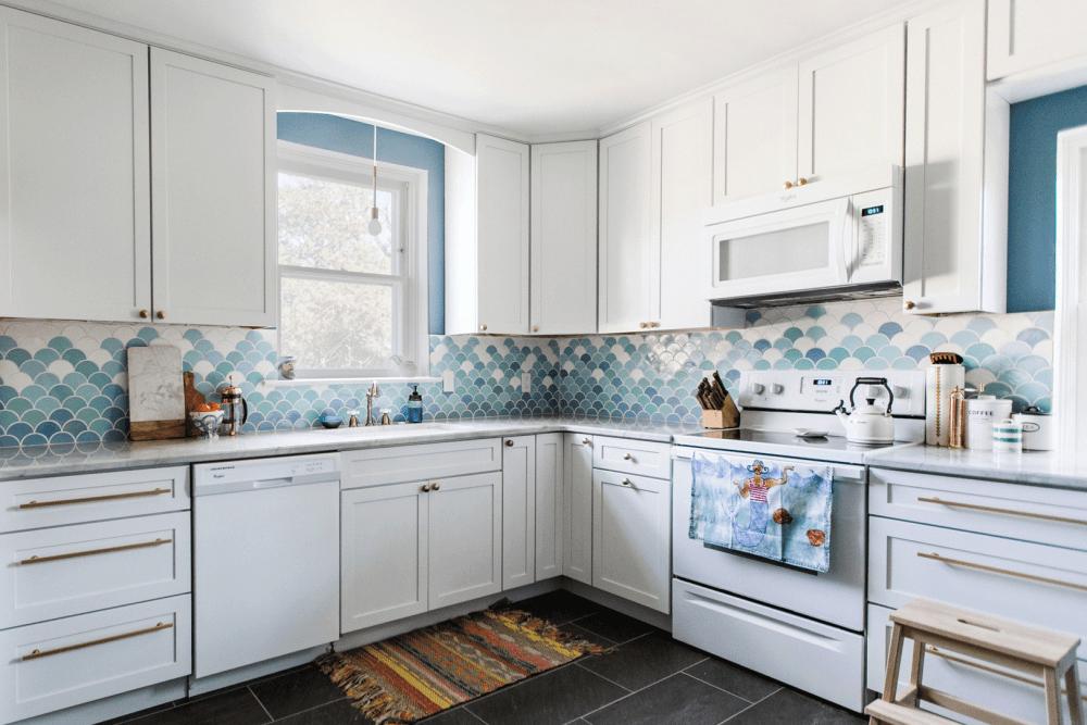 Biru Muda Warna Keramik Dapur