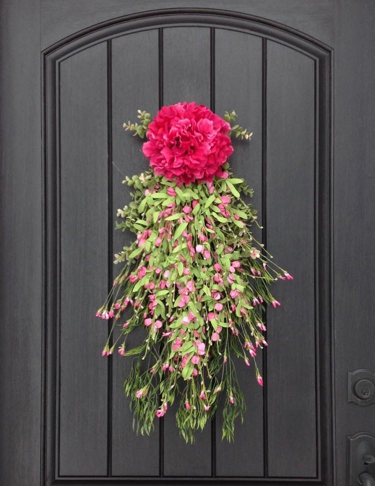 Hiasan Pintu Bunga