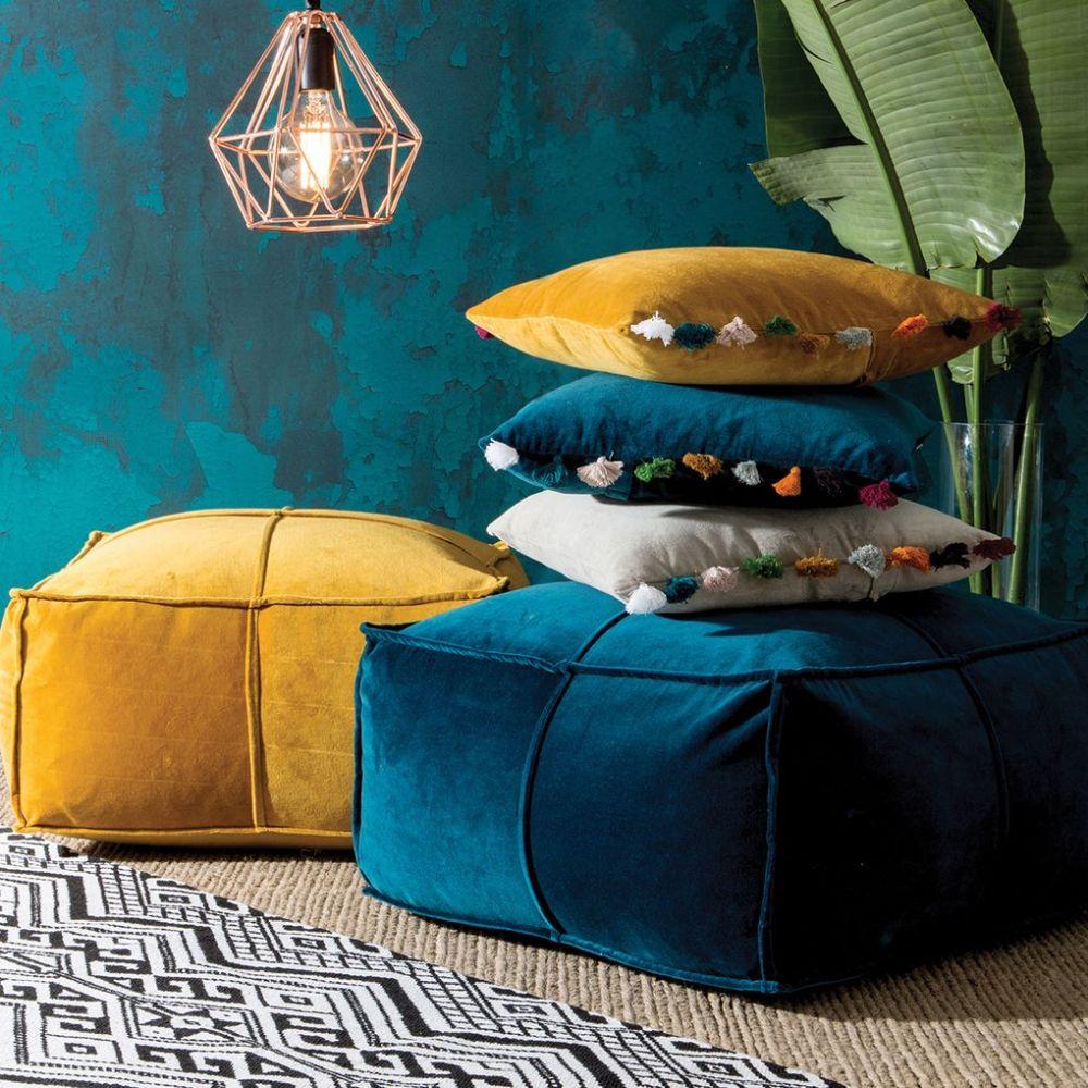 Pillow floor bahan velvet