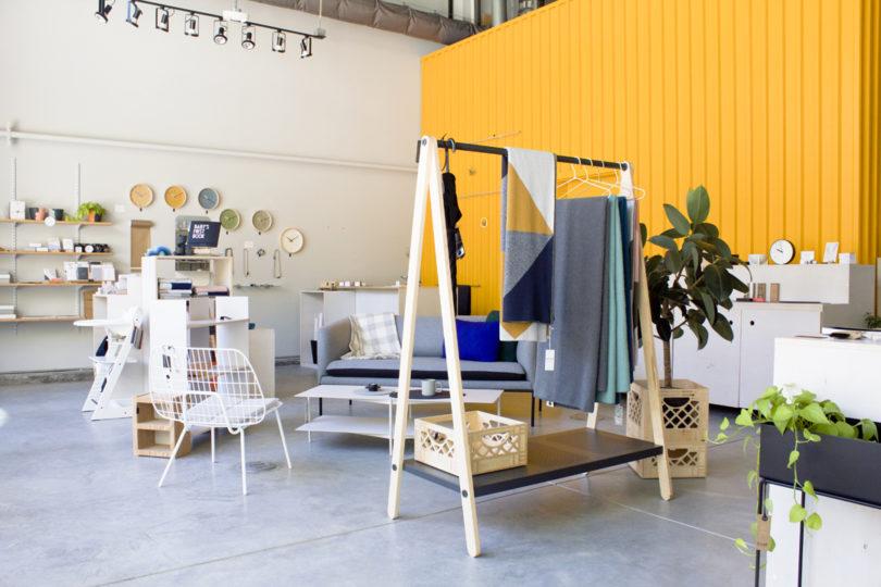 Konsep dekorasi desain toko kecil