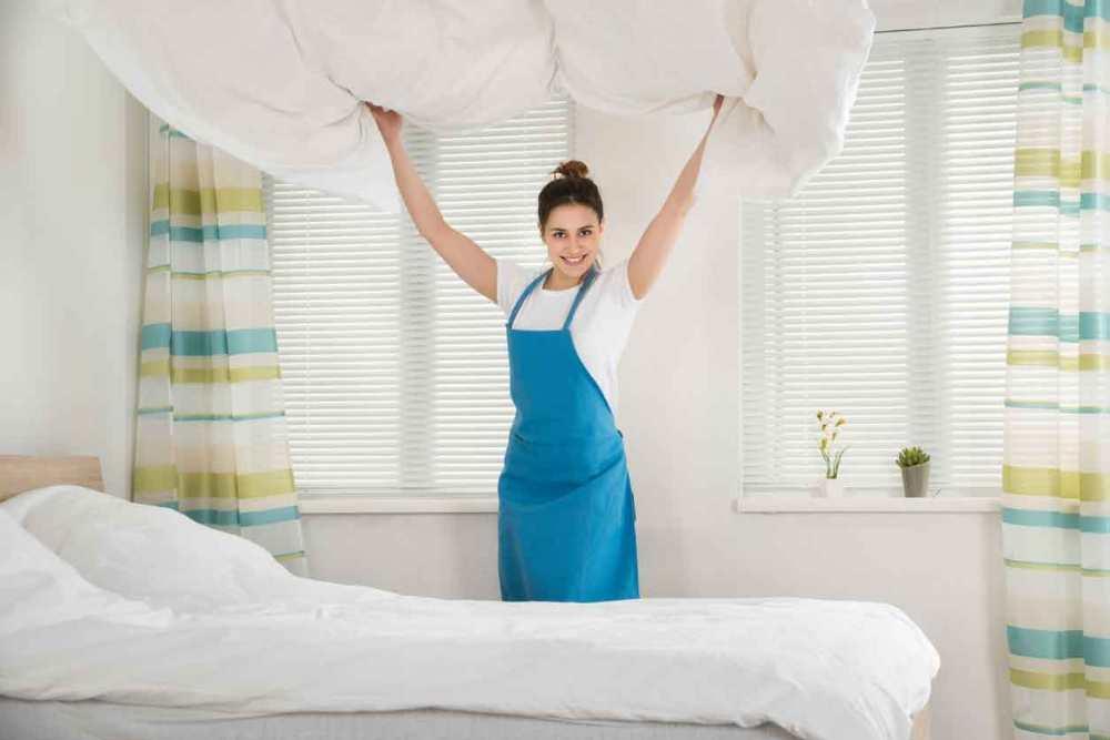 Cara Merapikan Tempat Tidur Sprei