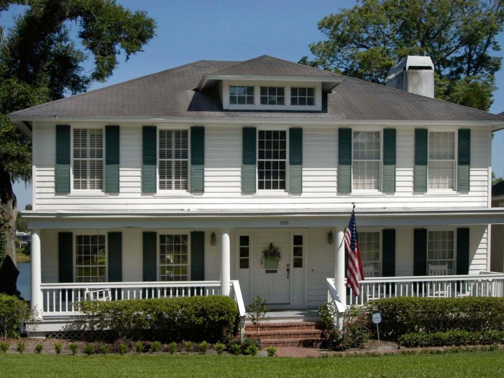 Pilar Model Rumah Klasik