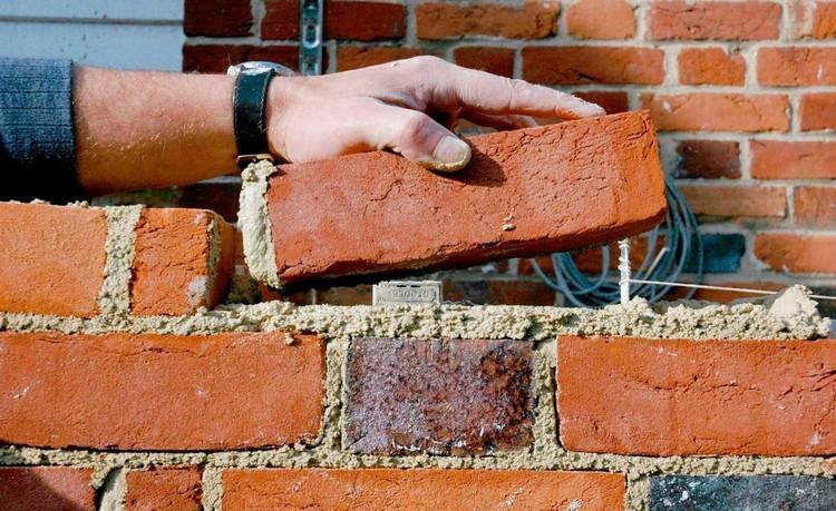 Material bangunan batu bata