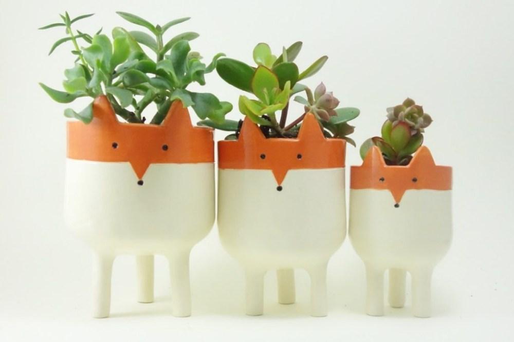 10 Pot Bunga Unik Yang Bisa Buat Rumah Makin Ceria