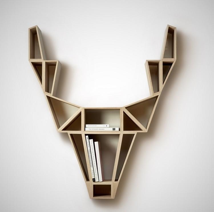 Rak minimalis berbentuk kepala rusa
