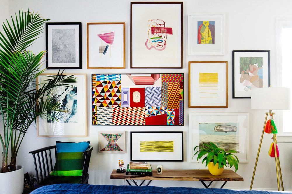Cara menghias kamar sendiri dengan bingkai foto