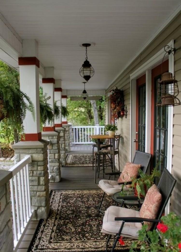 Inspirasi desain teras rumah cantik yang memanjang