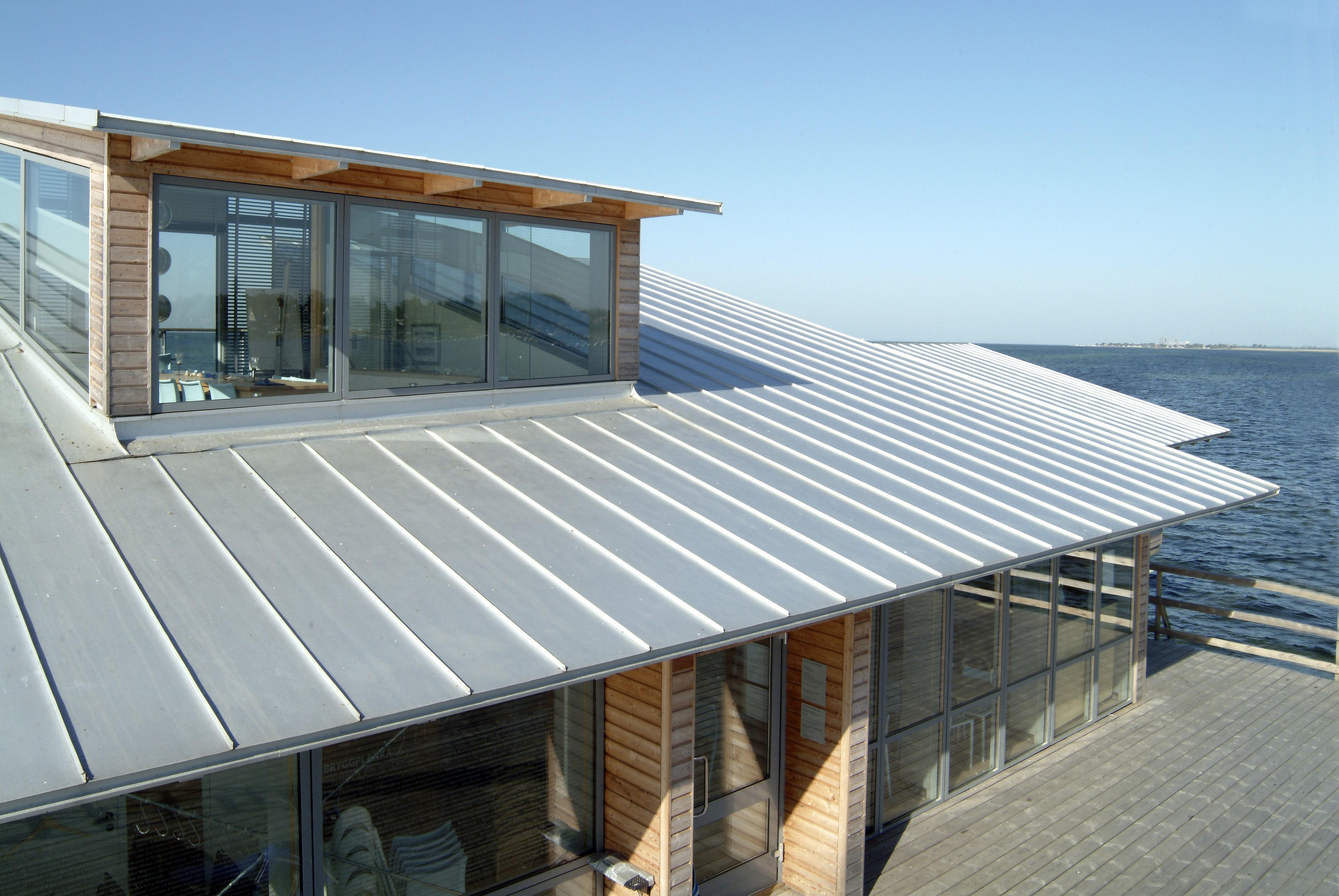 rangka baja ringan pakai genteng tanah apa itu atap spandek kenali kelebihan dan kekurangannya