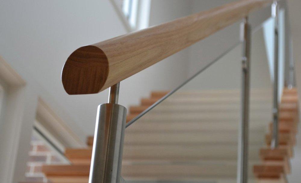 Detail Tangga Handrails