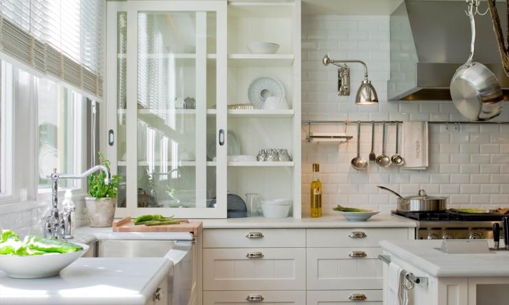 Lemari geser untuk dapur minimalis
