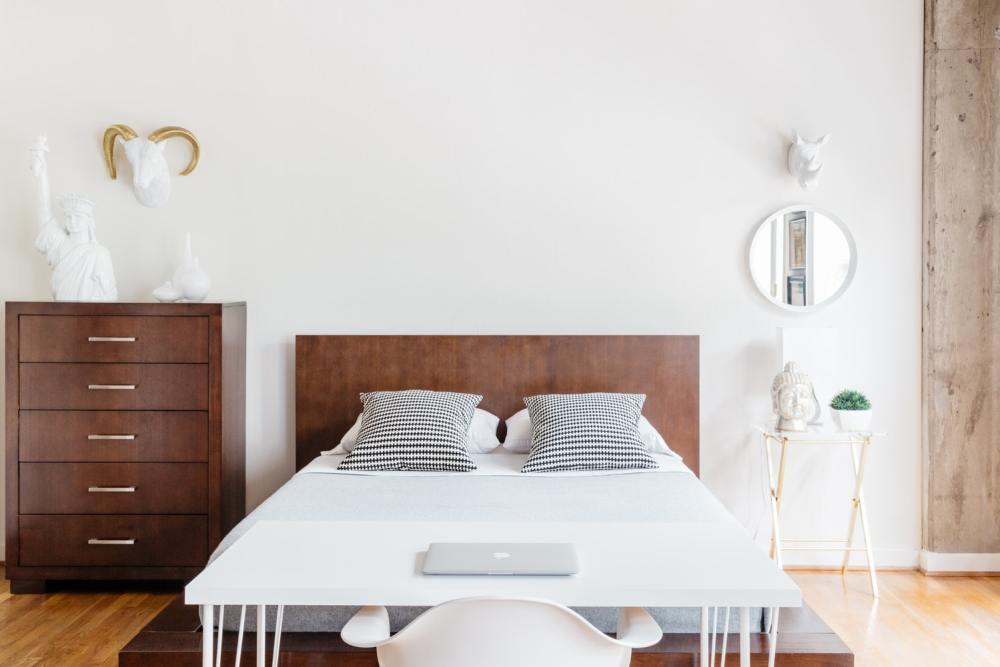 Menata kamar tidur dengan konsep minimalis