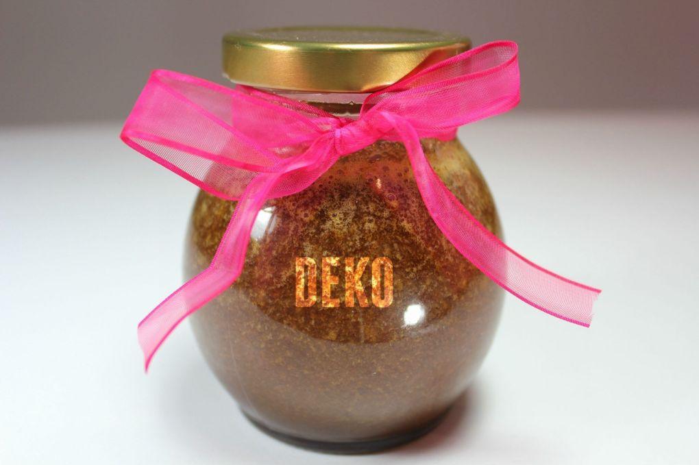 Hidratante y exfoliante Deko