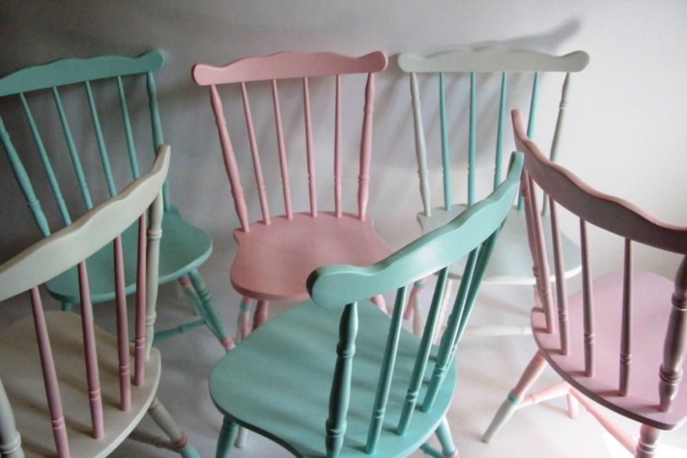 odnawianie mebli krzesła patyczaki