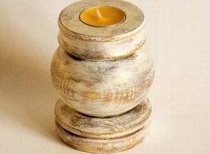 drewniany świecznik farba kredowa