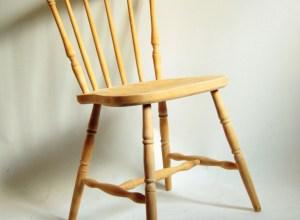 krzesło patyczak PRL odnawianie mebli