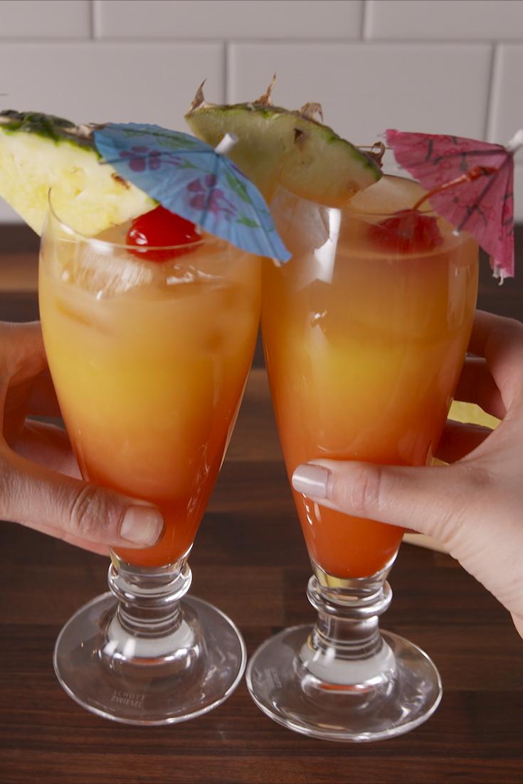 60 Easy Summer Cocktails  Best Recipes for Summer