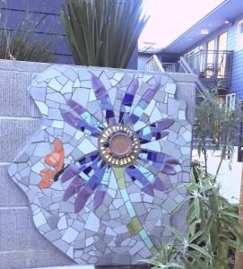 Mosaic Garden Apts Planters 08
