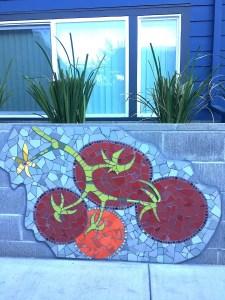 Mosaic Garden Apts Planters 10
