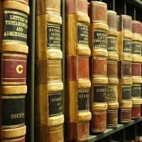 La limitación de costas al tercio de la cuantía litigiosa en juego no opera en lo contencioso-administrativo