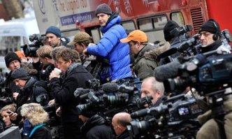 periodistas avasallando