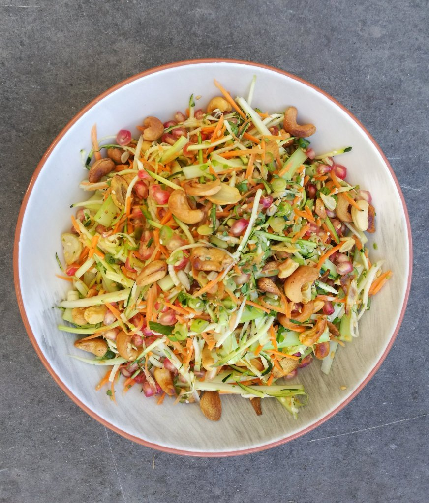 Spicy Asian Slaw; Delalicious