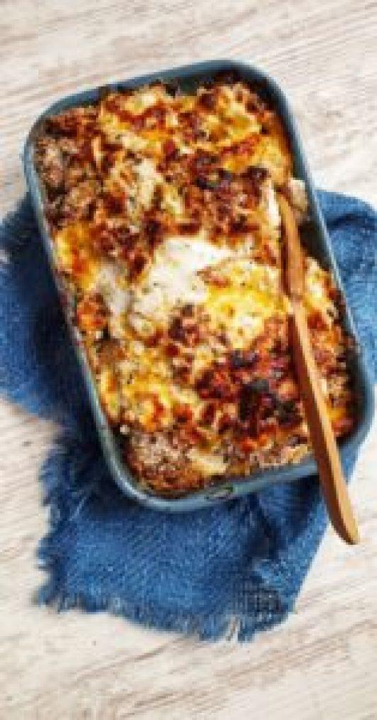 Cheesy Cauliflower, Leek & Ham Pie; Delalicious; Sinead Delahunty