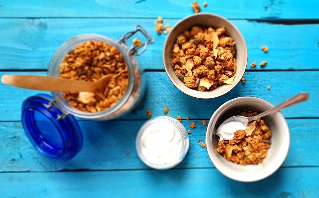 Crunchy Apple & Seed Granola; Sinead Delahunty; Delalicious