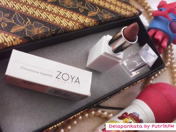 Ultramoisse Lipstick by Zoya