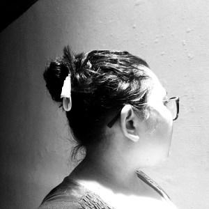 Dulu saya cuma berani nyepol rambut buat menutupi rambut berminyak saya