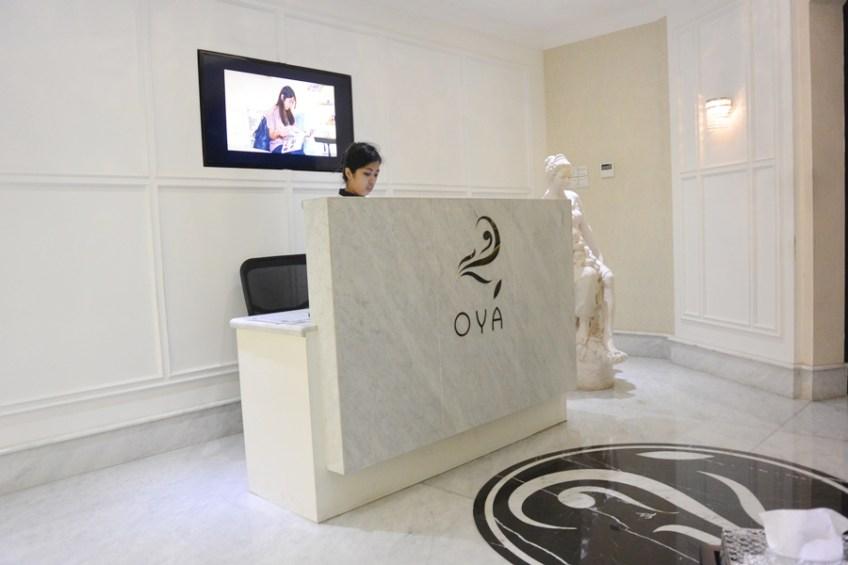 Front desk OYA Clinics Menteng - Delapankata