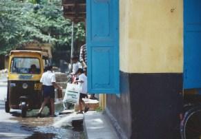 Jeunes chauffeurs de rickshaw, Fort Cochin (mars 2003)