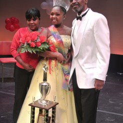 Miss Juneteenth 2013 Nyeema Ridgeway & her proud parents