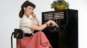 lilly-tomlin-telephone-operator