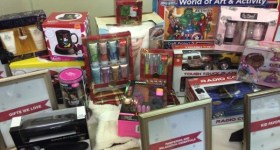 #MomMixer Holiday Showcase 2014 – Holiday Gift Picks