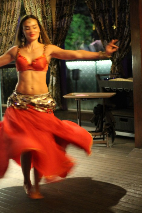 Belly dancer at Mabrooq