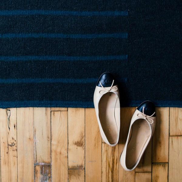 Alfombra de lana Classic Charcoal/teal de Nordic Knots