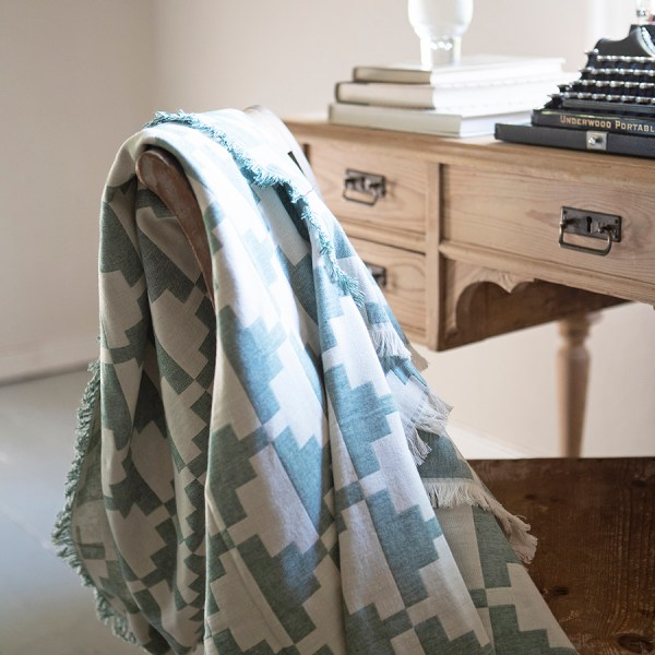 manta Confect color pine