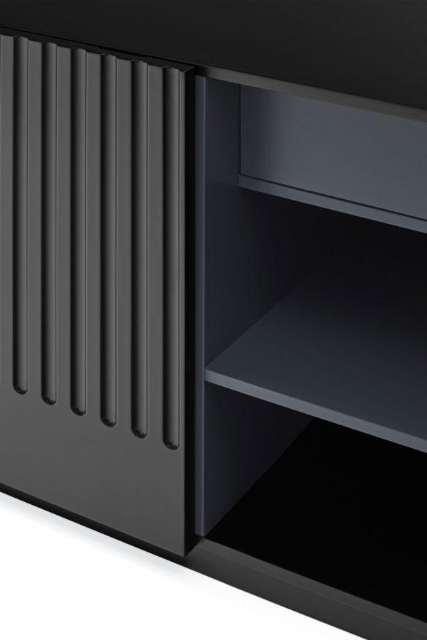 detalle Aparador Doric 3 puertas Teulat en negro
