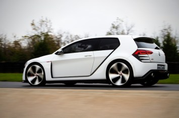 Volkswagen-Design-Vision-GTI-Concept-rear-three-quarter-in-motion