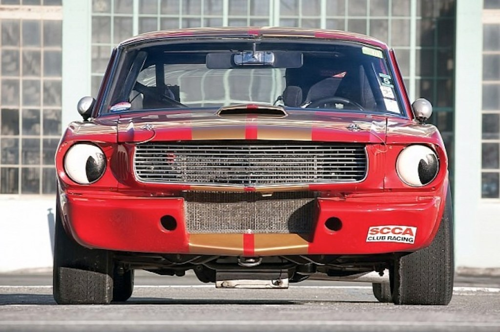 ob_dbafeb_1966-shelby-gt350h-race-car-under-the-hammer-phot