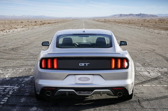 2015-ford-mustang-revealed-in-ingot-silver-photo-gallery_14