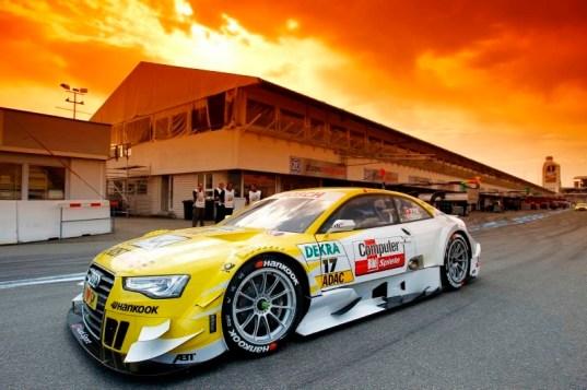 #17 Rahel Frey (Audi Sport Team Abt / Audi A5 DTM)